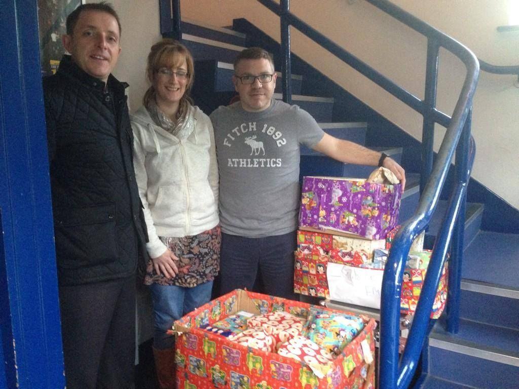 Glews donates Gifts to Minster FM Christmas Appeal