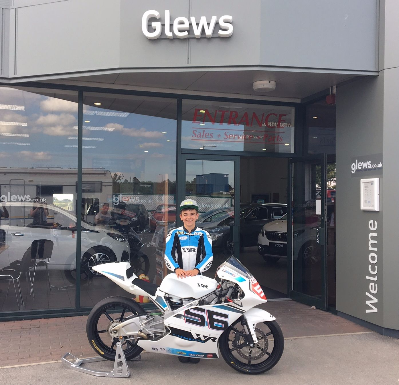Glews Adds Fuel to Superbikers' Championship Hopes
